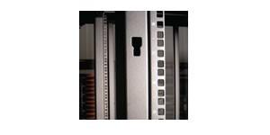 Siemon VPA-R-1-42-SALE 42U Вертикальный профиль (2шт.) для шкафов Versapod, черный (РАСПРОДАЖА)